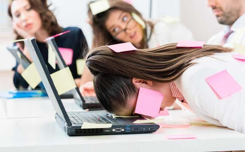 Cómo evitar el estrés laboral y trabajar de manera saludable